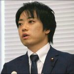 武藤貴也、白髪でも議員宿舎で彼氏とお泊り画像!相手のイケメン男性は?