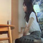 愛してたって秘密はある9話衣装!川口春奈の白ブラウス&グレーチェックパンツが可愛い!ブランドはどこ?