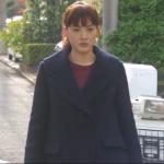 奥様は取り扱い注意衣装小物!8話綾瀬はるかのネイビーコートが可愛い!ブランドはどこ?
