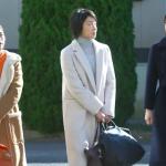 監獄のお姫様8話衣装!菅野美穂の白タートルワンピ&白コートが可愛い!ブランドはどこ?