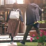 隣の家族は青く見える、深田恭子衣装小物!四話白リュック&茶色スカート&デニムジャケットが可愛い!ブランドはどこ?